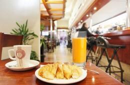 Los Desayunos de Tebas